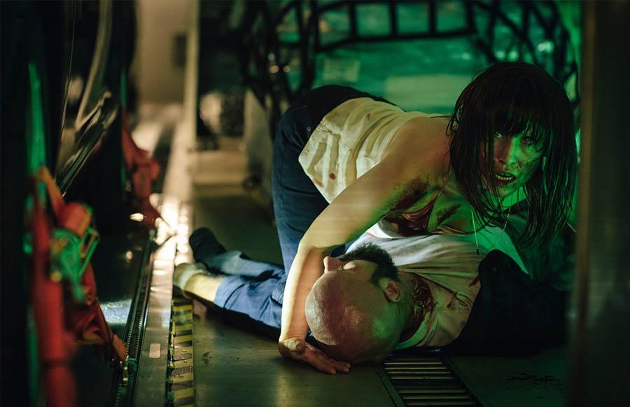ผู้ก่อการร้ายเผชิญหน้าแวมไพร์กลางเวหา ในตัวอย่างแรก Blood Red Sky    ฝนตกเป็นหนัง